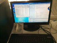 """Medion Desk Top Pc and 19"""" Screen Windows 7"""