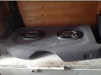 Speakers in parcel shelf!