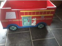 Heavy solid fire engine toy box