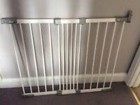 Babydan Stair Gate - 67 - 105 cm white screw fixed