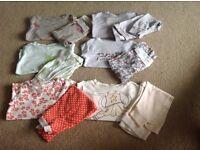12 pairs of Baby Gap Pjs 6-12/12-18months