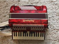 Accordion 72 bass with case