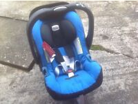 Car seat/Baby carrier