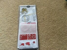 Sizzix Christmas dies and embossing folders. New