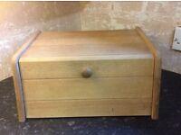 Pine bread bin