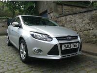 STUNNING LOW MILEAGE 13 PLATE FORD FOCUS LOADED WITH EXTRAS BEAUTIFUL CAR WITH A VERY LOW MILEAGE!