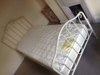 Single bed frame, sprung wooden slats. Originally from Laura Ashley. In very good condition.