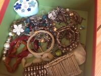 Jewellery bundle including rings, bracelets, necklaces and earings