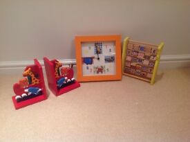 Animal clock, bookends and abacus for babies nursery