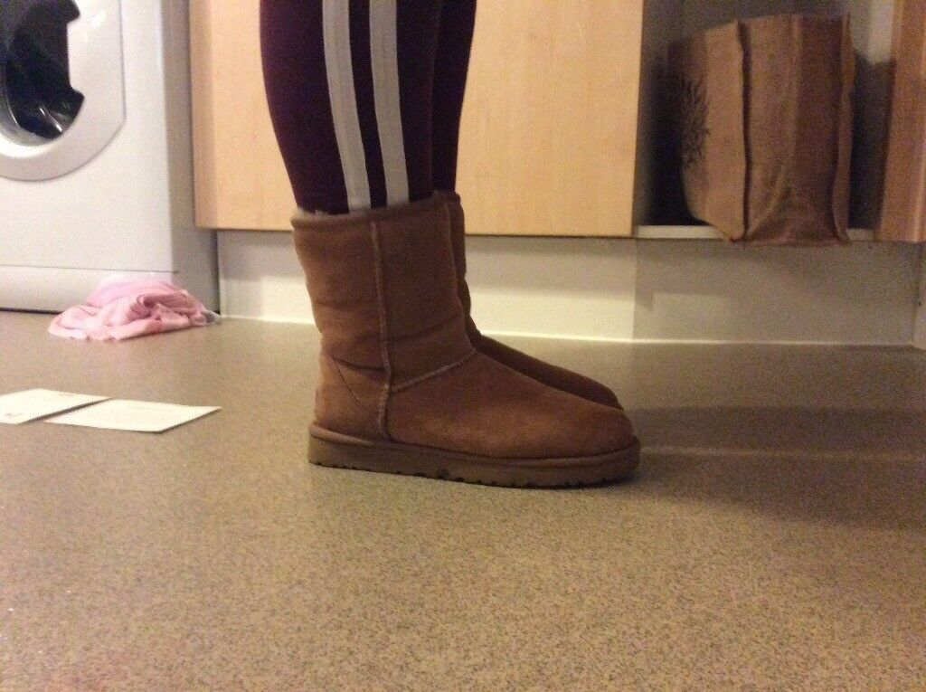 Ladies Ugg Boots 5.5