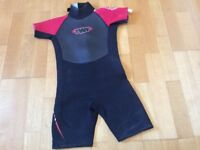 TWF childs wetsuit size K09 (approx 8-9)