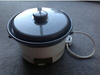 SWAN SLOW COOKER - GREY CERAMIC INSIDE POT/ WHITE FLOWER METAL BASE-EX CONDITION