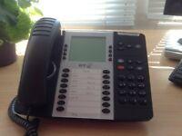 BT Quantum digital 8568 telephones x 4