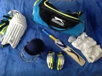 Great Junior Cricket equipment set. Used VGC