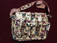 Butterfly Oilcloth Shoulder School Messenger Bags