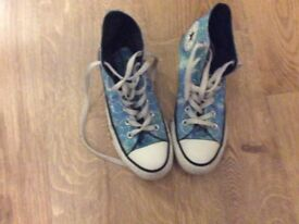High top all star converse size 5