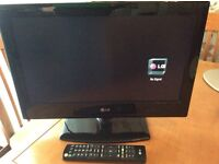 LG 19 inch LCD TV with remote, excellent condition - West Kirby, Wirral