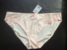 Ladies Sexy Peach Knickers Size 12