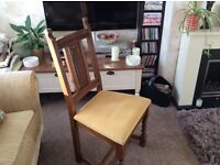 Old Charm Small Oak Extending Oval Dining Table and Four Chairs.