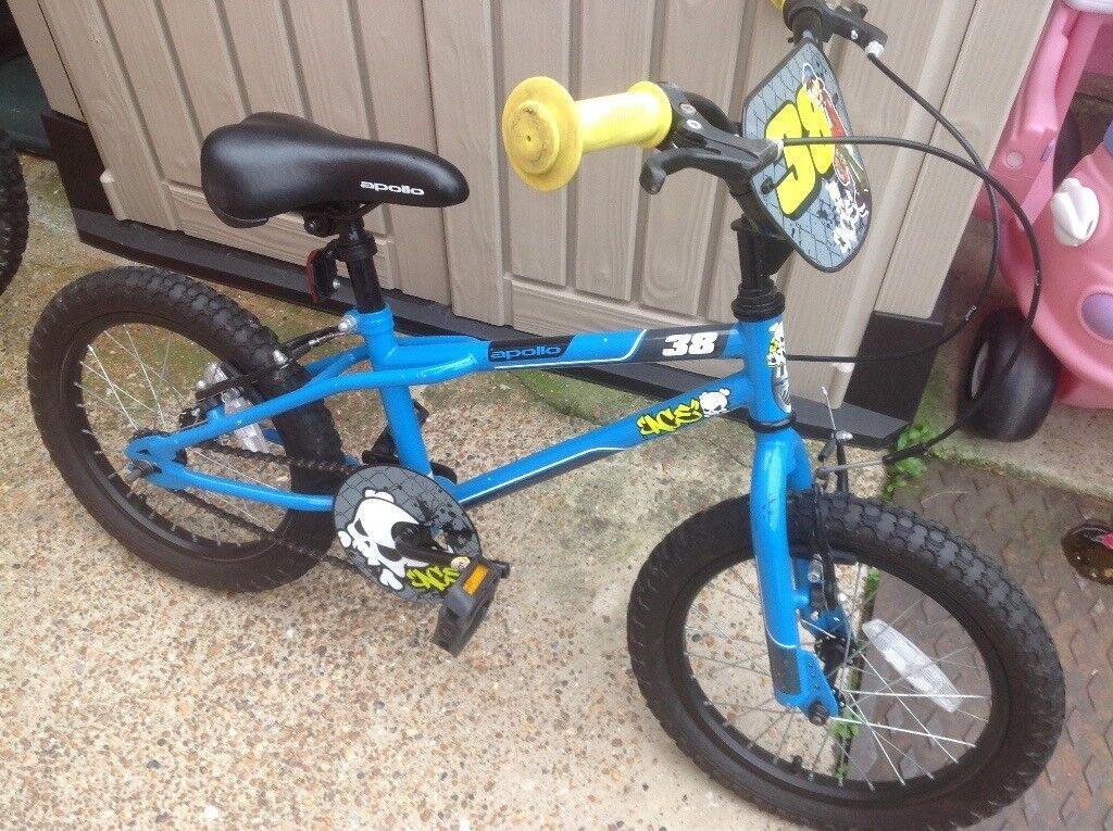 Apollo Ace Boys BMX-style Bike