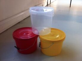 10L red yellow clear plastic buckets with lid