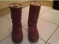 Ugg Boots Tall Colour Chestnut 100% Genuine Size 4.5