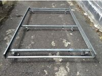 roof rack for ford transit connect, in very good condition (roller bar)