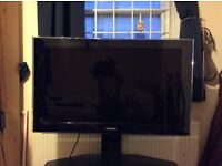 """SAMSUNG 40"""" tv full HD freeview in built (wall mount only)"""
