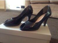 Navy patent carvela shoes size 3