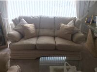 REDUCED!! Beautiful 3 piece suite. Immaculate condition. Cream & gold brocade material