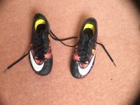 Nike mercurial superbly football boots/ blades size 4