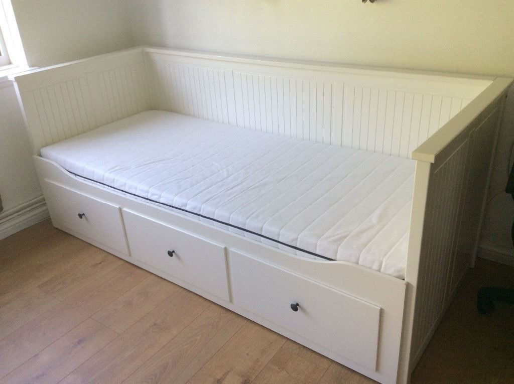 6 Monhts Old White Ikea Hemnes Day Bed With 2 Mattresses Daybed Sofa