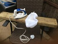 Travel steam iron and board