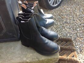 Child's Ankle Riding Boots -Toggi