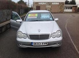 C220 CDI AVANTGDE AUTO-DIESEL-FULL SERVICE HISTORY-PARRIOT BLUETOOTH-TOW BAR-1 OWNER FROM NEW