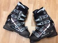 Ladies Nordica Ski Boots. Intermediate level. Size 25.0