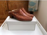 LADIES SHOES SIZE 3 PIKOLINOS LEATHER