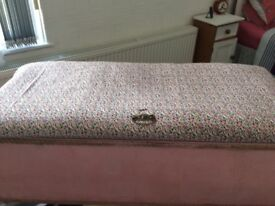 Vintage Ottoman unfinished project suit someone else as a project £8