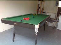 Snooker Table approx 6 x 3 ft, 2 cues and balls