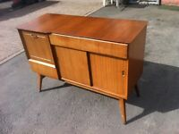 RETRO MAHOGANY SIDEBOARD \ WALL UNIT \ CABINET ~~ GOOD CONDITION ~ CAN DELIVER TO WEST MIDLANDS