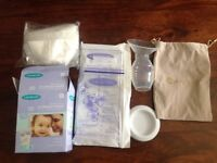 Closer Bond manual breast pump with milk storage bags
