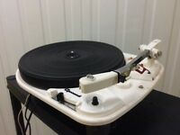 Garrard 4hf vintage turntable inc Goldring G820