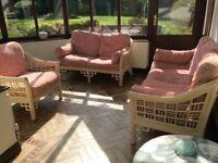 Conservatory / wicker furniture