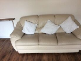 2 and3 sofa for sale