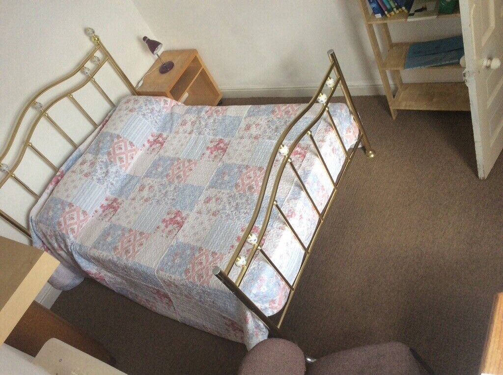 House share available close to hospital and Cardiff Met  Would suit  professionals  | in Gabalfa, Cardiff | Gumtree
