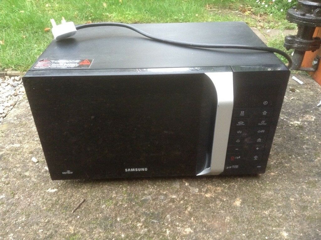 Samsumg 800w Grill/Microwave £25 Ono