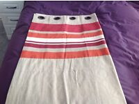 2 Kingsize bedsets and curtains