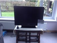SONY Bravia LCD Digital Colour TV HD Ready. Model KDL-32D3000/32D3010 & Sony DVD Home Theatre System