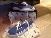 Boy/Girls Vans shoes