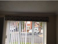 Roman blind (Dummy) & 4 matching cushions